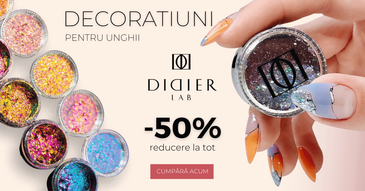 Reducere-50% la colecția de decoratiuni pentru unghii